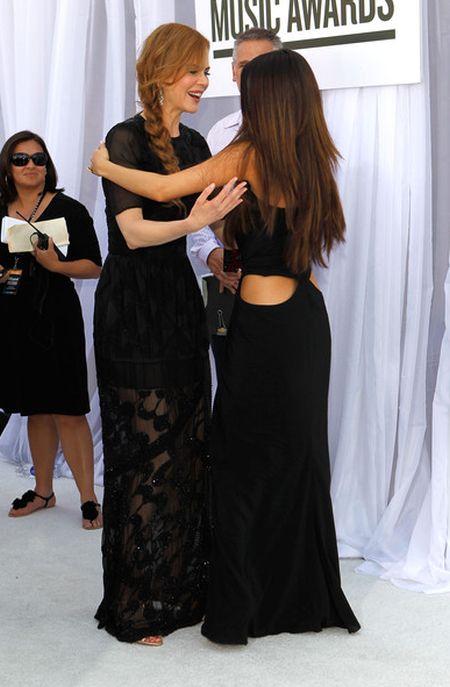 платье Селены Гомес
