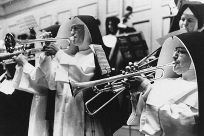 Католические монахини