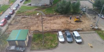 Как рабочие делали новую парковку