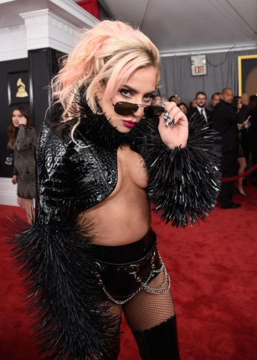 Леди Гага наряды