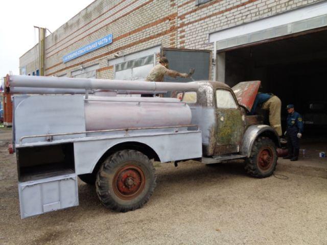 восстановили старый пожарный автомобиль АЦУ-20