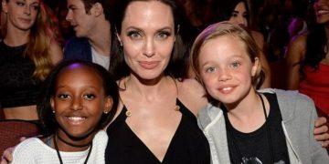 У 12-летней дочери Анжелины Джоли объявилась биологическая мать