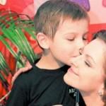 Сыну скончавшейся актрисы Юнниковой не говорят о смерти матери