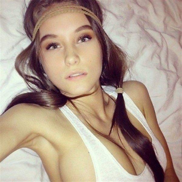 Фото девушек с красивой грудью