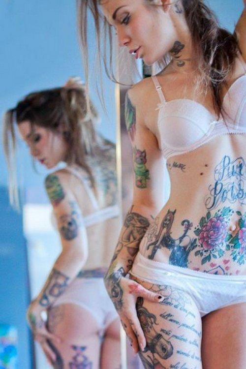 Сексуальные девушки с татуировками