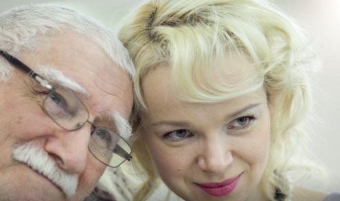 Армен Джигарханян с супругой