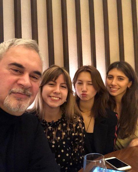 Валерий Меладзе с дочерями от первого брака