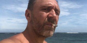 Сергей Шнуров бросил курить