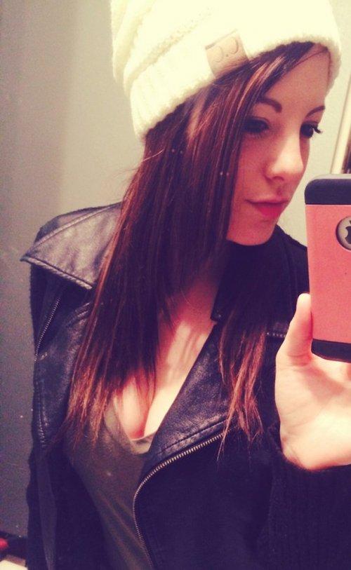 Красивые девушки из соцсетей (25 фото)