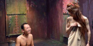 Тяжелая жизнь японских порноактеров: на 10 000 женщин только 70 актеров-мужчин (10 фото)