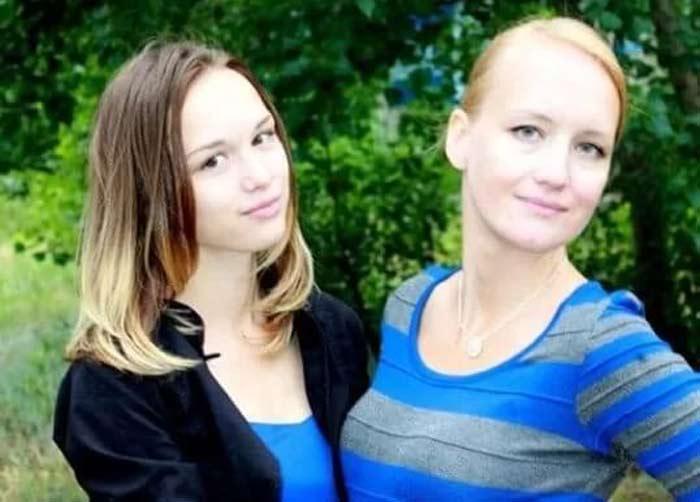 Диана Шурыгина с мамой Натальей
