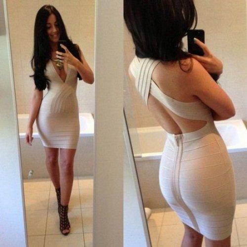 Фото девушек в коротких платьях (23 фото)