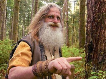 С 1991 года Мик Додж живет в лесу (19 фото)