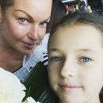 Ольгу Бузову унизила малолетняя дочь Анастасии Волочковой