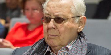 Олег Табаков скончался из-за гноя