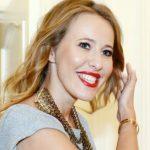 Ксения Собчак заинтриговала фотоснимком с беременным животом