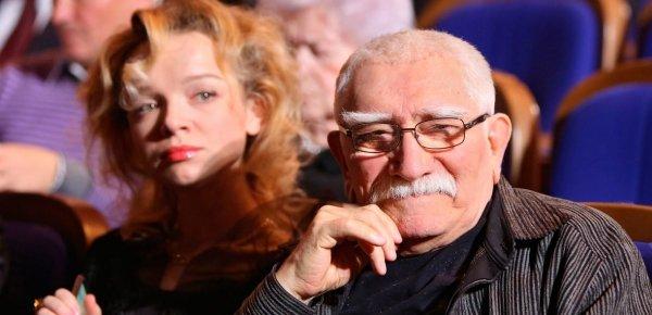 Армен Джигарханян пытался вернуть Цымбалюк