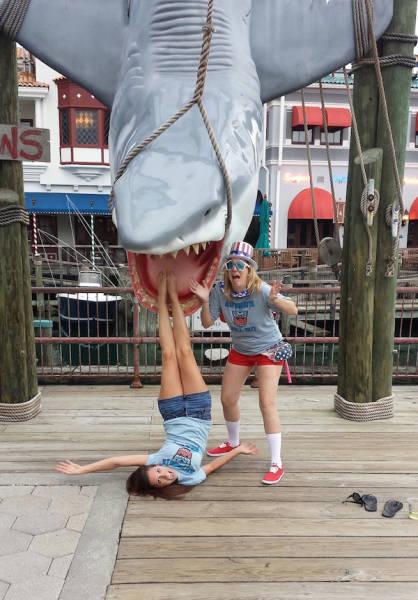 Смешные девчонки (56 картинки)