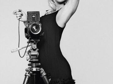 Памела Андерсон в рекламной фотосессии нижнего белья (7 фото)