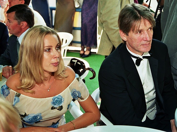 александр абдулов фото с женой гостевого
