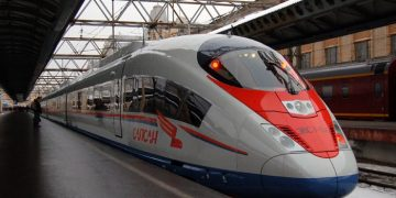 Поезд сапсан Москва - Санкт-Петербург