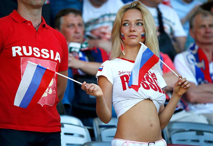Самая красивая российская болельщица на ЧМ-2018 оказалась порнозвездой