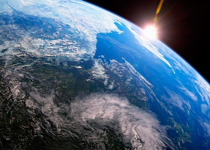 Скорость, масса, площадь Земли. Интересные факты о планете Земля