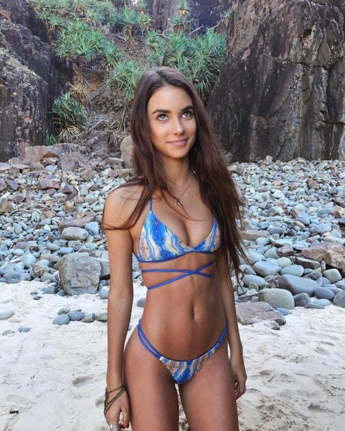 Фото девушек на пляже (36 фото)
