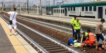 Селфи на фоне сбитой поездом женщины