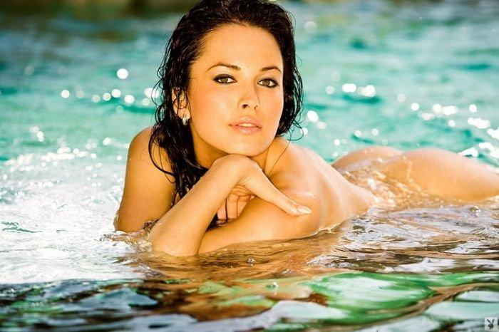 Даша Астафьева - звезда журнала Playboy (34 фото)