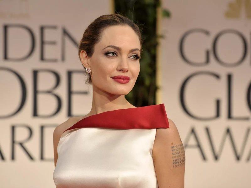 Бывший муж Анджелины Джоли, Билли Боб, рассказал о причине развода (4фото)