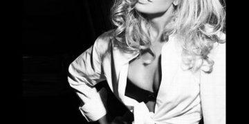 Черно-белые фото изящных девушек (50 фото)