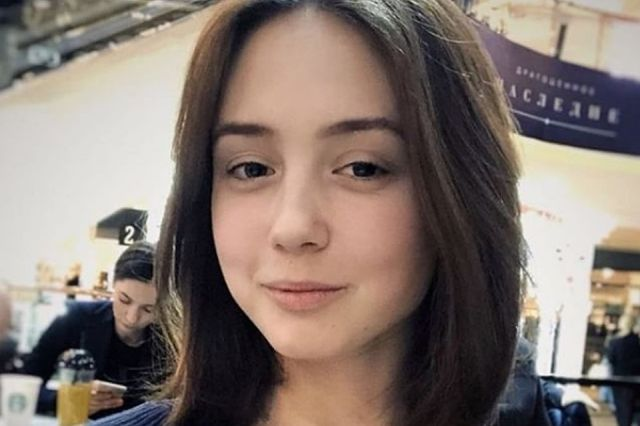 Узнаете ли вы эту девушку? (3 фото)