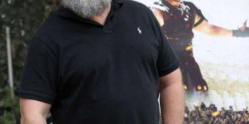 Узнаете ли вы этого мужчину? (2 фото)
