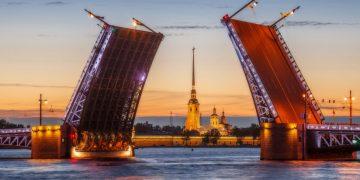Самые запоминающиеся мосты Санкт-Петербурга