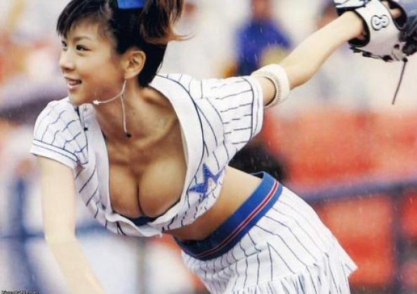 Сексуальные черлидерши из Японии (28 фото)
