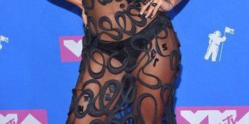 MTV Video Music Awards 2018: Самые сексуальные наряды звезд на церемонии (14 фото)
