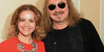 Игорь Николаев украл песню T-Killah, которой поздравил жену с днём рождения