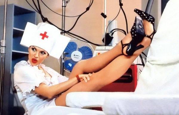 Эвелину Бледанс - медсестра из «Маски-шоу» и любовница Лены Лениной