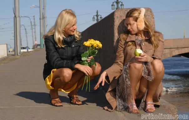 Девушки без трусов — 160 фото. Смелые девушки светят кисками