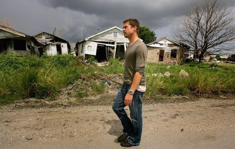 На Брэда Питта подают в суд жертвы урагана «Катрина» (4фото)