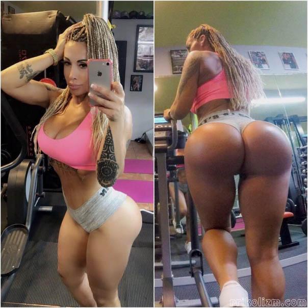 Огромная накачанная попа блондинки в спортзале