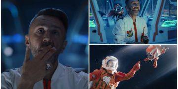 """Куча рекламы и чудик: Шнуров снял новый клип под названием """"Цой"""" (6фото+1видео)"""