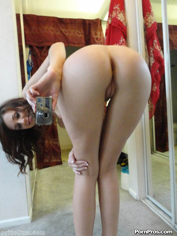 Porn naked amateurs bending over long legs nude