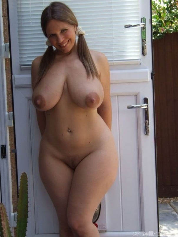 thick-curvy-naked-tumblr