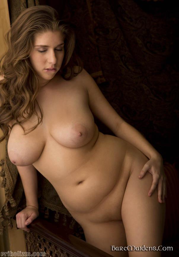 Полные красивые голые девушки мулатка черном белье