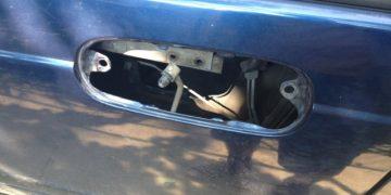 Дверные ручки с разборки на Alfa-Romeo (2 фото)