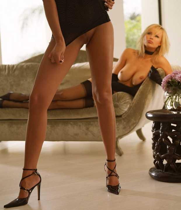 Ноги от ушей порево, смотреть самые красивые девушки мира и их порно