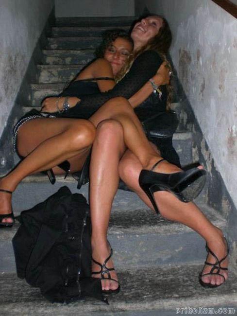 Пьяные девушки (160 фото). Приколы про пьяных баб