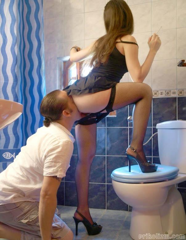pornuha-babam-lizhut-posle-tualeta